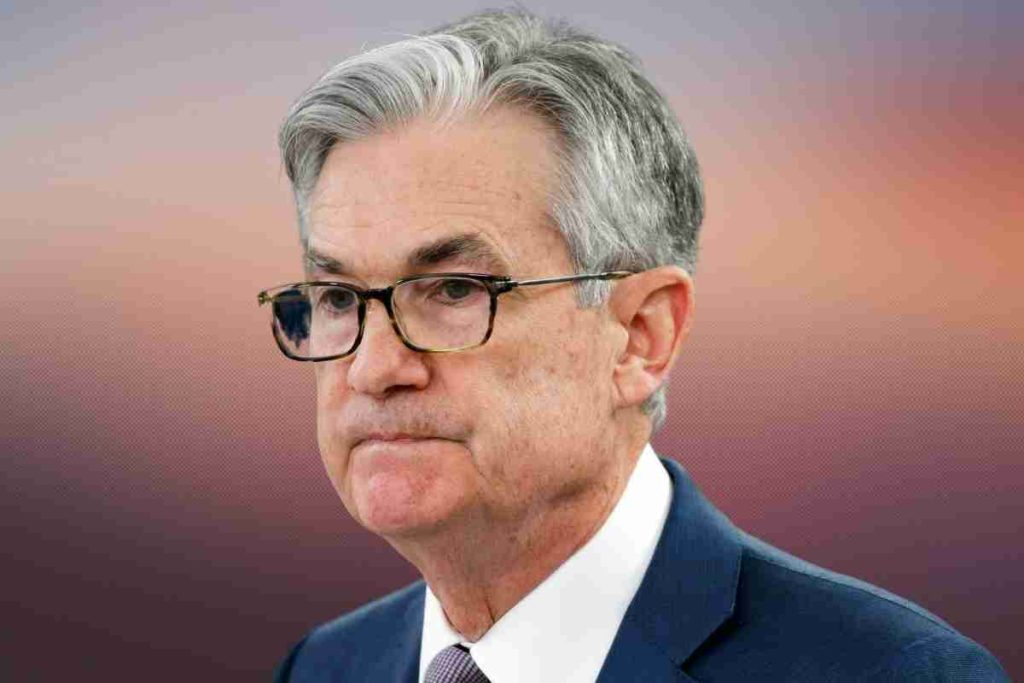 Fed's Powell Says Changes Needed in Rules for Officials' Investing