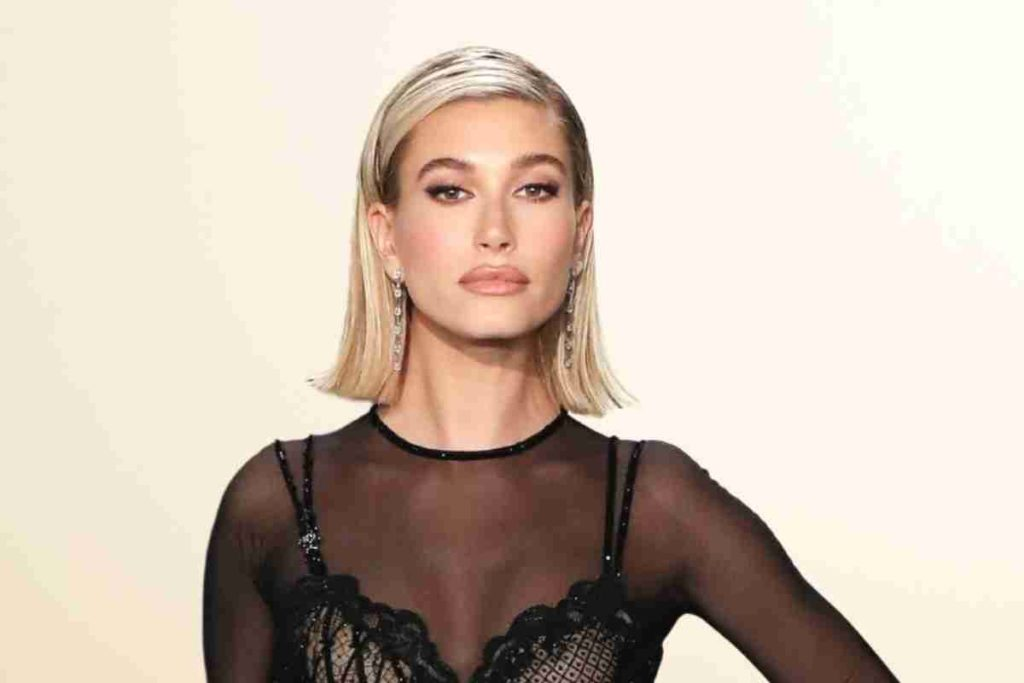 Hailey Bieber Shuts Down Rumors That Justin Bieber's Not Nice to Her (1)