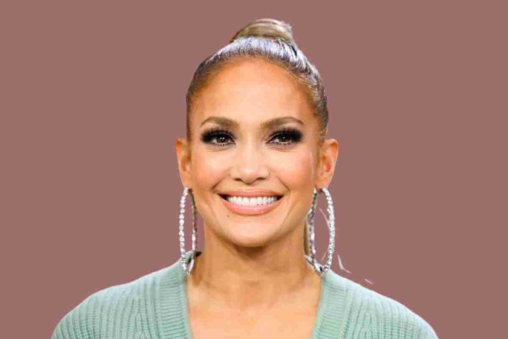 Jennifer Lopez Said She Doesn't Belong in Hollywood and Feels Like an Outsider